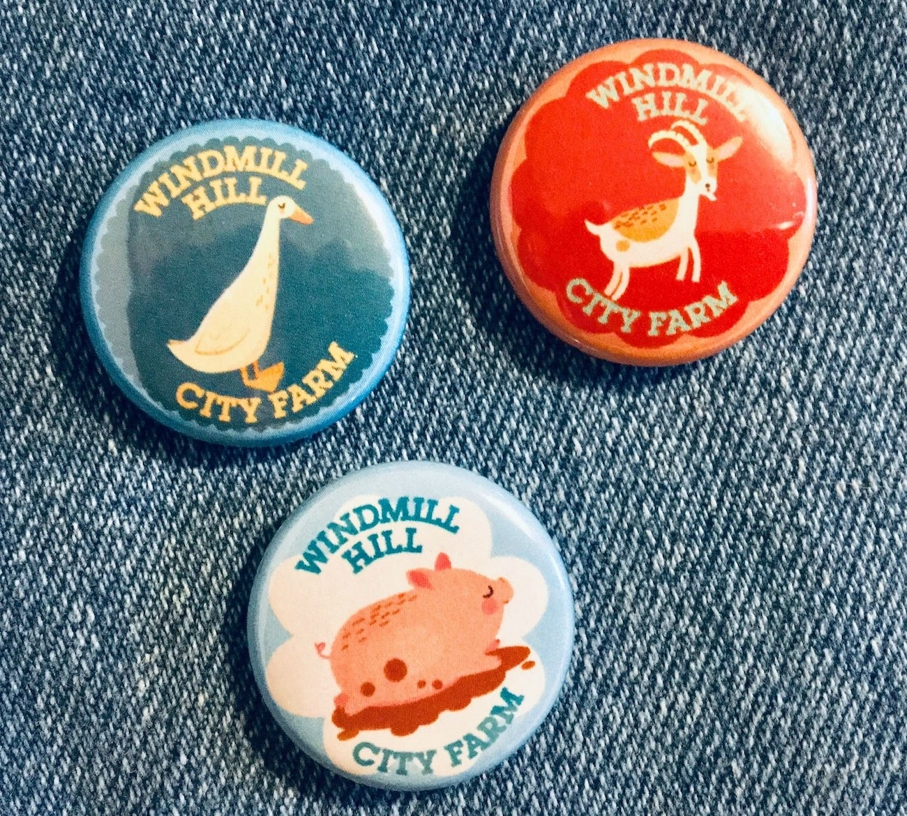 Windmill Hill City farm illustrated badges